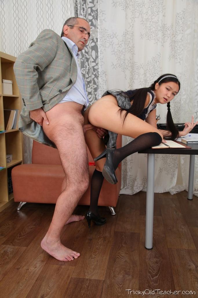 Порно копилка профессор и студентка брутальные мужики